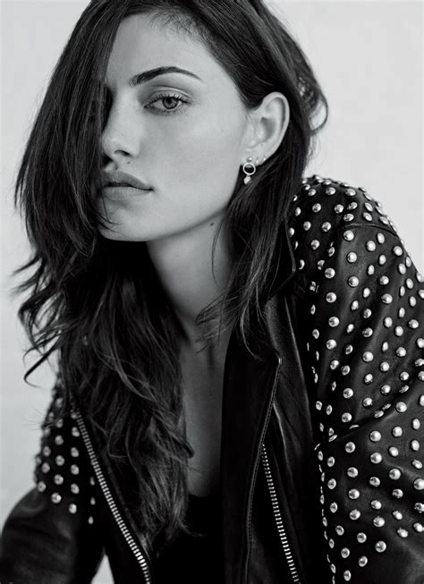 Stone Vanity Phoebe Tonkin At Matthew Sprout Photoshoot For Free People