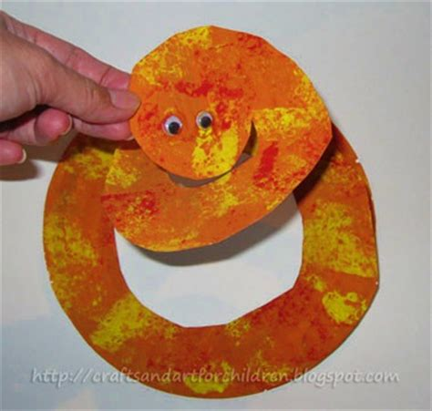 Paper Plate Craft Book - paper plate snake crafts and book artsy momma