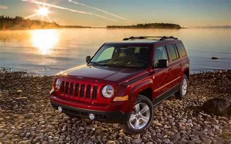 jeep patriot 2017 high altitude comparison jeep patriot 2017 high altitude edition vs