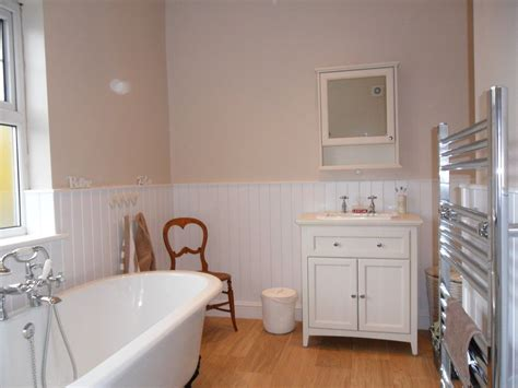 Dulux Bathroom Paint Hessian About Dulux Hessian How To Give A Vintage Chair