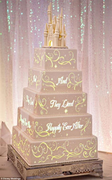 Wedding Cake Animation by Disney Creates Animated Wedding Cake With Magical Stories