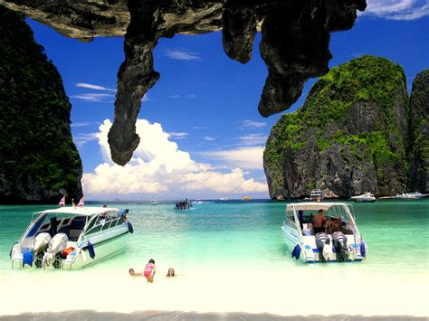 speedboat from phuket to phi phi phi phi islands by speed boat from phuket planet rovers
