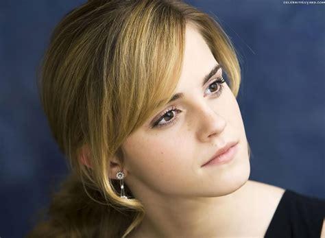 Emma Watson Cute | emma watson cute wallpapers computer wallpaper free
