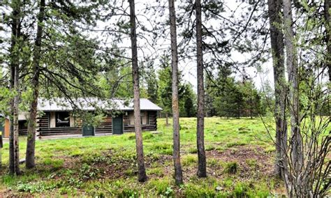 Lodging In Wyoming Cabin by Colter Bay Cabins Lodge Wyoming Grand Teton National