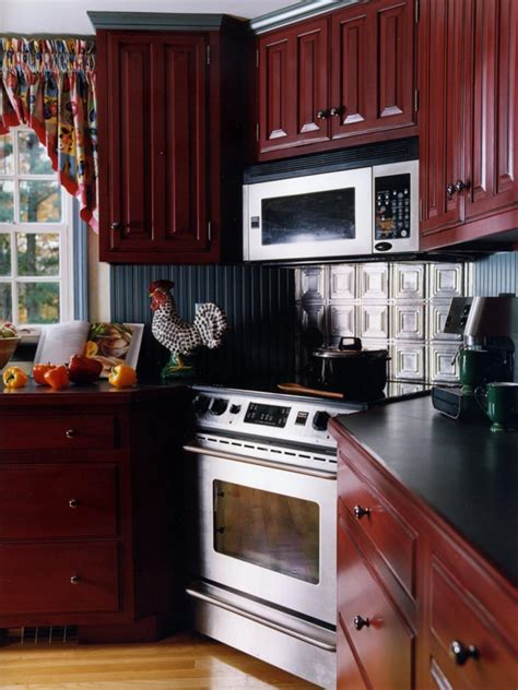 choosing kitchen cabinet hardware lovetoknow photo by david stimmel