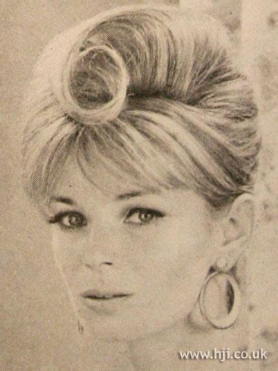 celebrities with bubblecut hair in the 1960s 1960s bubble cut hair hairstyle gallery