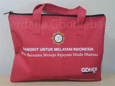 Tas Spunbond Laundry Kantong Goodie Bag Seminar Sablon tas spunbond goodiebag polos ready stock perdana goodie bag