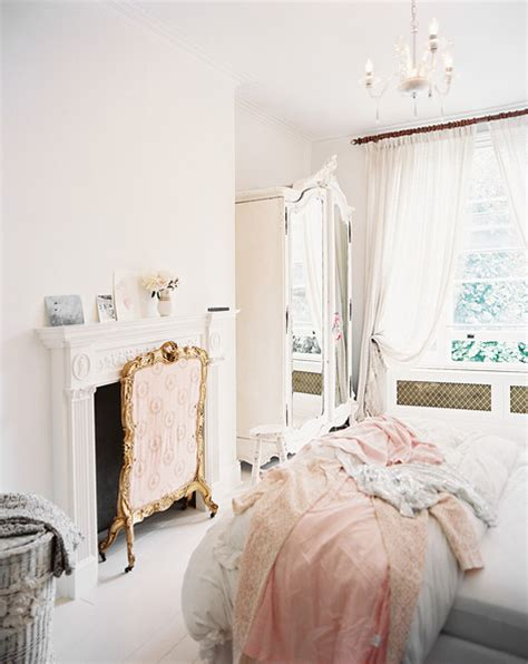 white shabby chic bedroom white shabby chic decorating decorating ideas