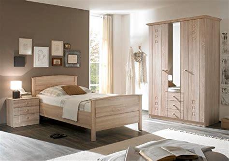 schlafzimmer mit komfortbett schlafzimmer seniorenzimmer mit komfortbett schrank