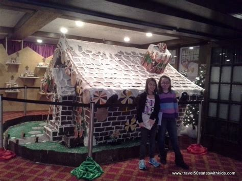galt dolls house kentucky christmas at the galt house hotel in louisville travel 50 states with kids