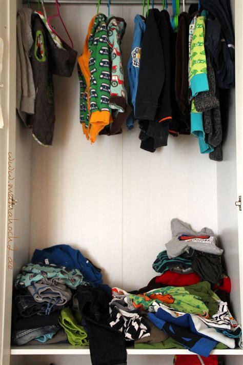 ausmisten minimalismus kleiderschrank ausmisten ordnung im kleiderschrank