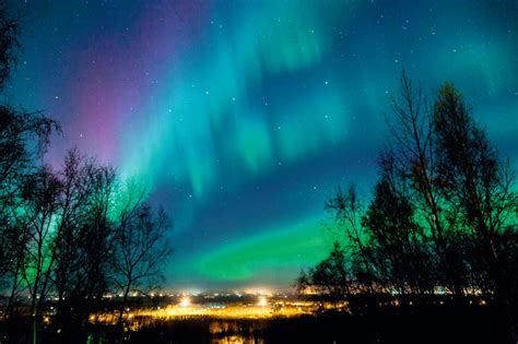 The Best Places To See The Northern Lights Places To Go See Lights