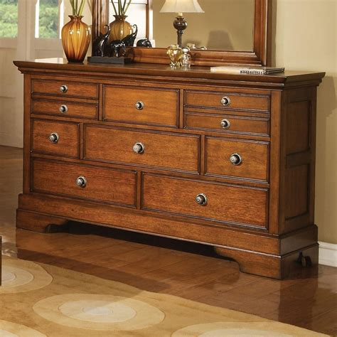 Light Brown Bedroom Furniture King Panel Bedroom Set In Light Brown Finish 10887 Bedroom Furniture Bedroom Sets