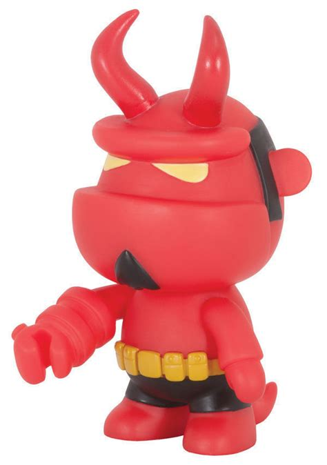 Hellboy Qee Collection Version Vinyl Figure toy2r mini qee 5 quot vinyl doll deluxe figure hellboy with