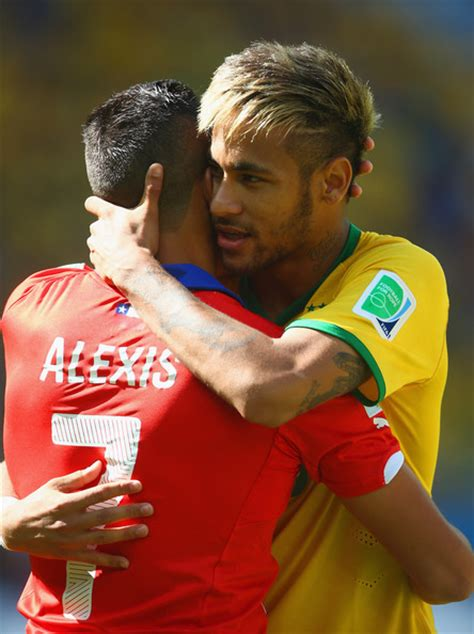 alexis sanchez vs neymar alexis sanchez and neymar photos photos brazil v chile
