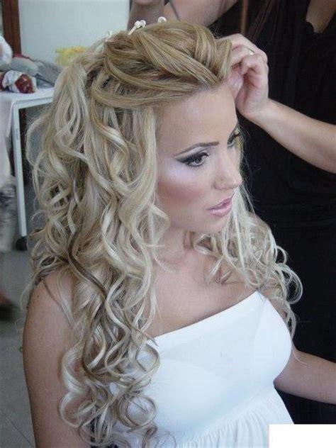 bride hairstyles curly long hair pretty wedding hairstyles long hair 16 hairzstyle com