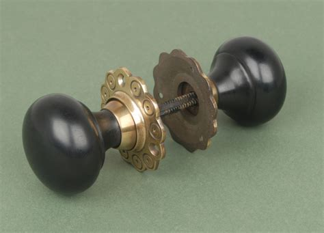 Brass Door Knobs With Backplate by Solid Bun Door Knobs Brass Backplate