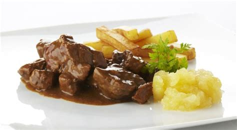 world s best beef stew recipe beef stew an easy recipe for stoverij beef stew