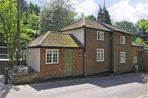 2 bedroom house st albans 2 bedroom detached house for sale in abbey mill lane st