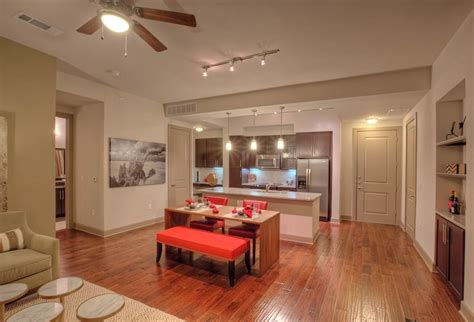 Apartments In Rent In Dallas Stunning Apartments For Rent In Dallas Uptown Photos