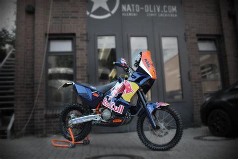 Motorrad Teile Mit Folie Bekleben by Redbull Ktm Motorrad Folierung Nato Oliv