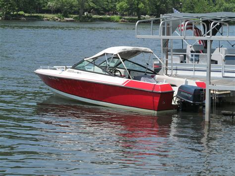 good bowrider boats thundercraft bowrider 1990 for sale for 2 700 boats