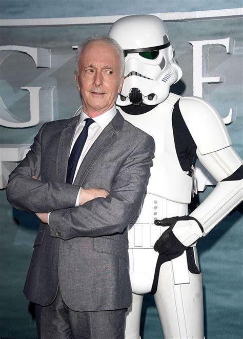 anthony daniels roles star wars 8 news upgrade for c 3po confirmed hint at