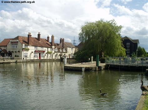 river thames boat hire abingdon the thames path abingdon to oxford