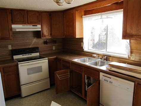 Laminate Countertops With Oak Cabinets by The Farm Of Hale Finally The House Update