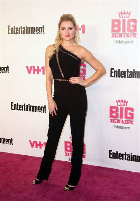 vh1 big in 2015 with entertainment weekly awards katherine bailess at vh1 big in 2015 with entertainment