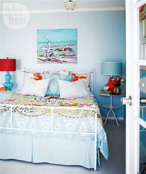 bright bedroom colors 25 best ideas about bright colored bedrooms on pinterest
