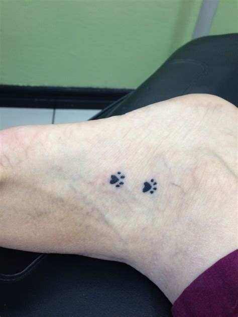dog paws tattoo my paw animals tattoos