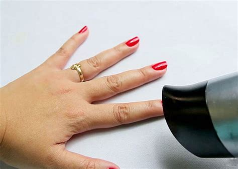 Hair Dryer Nail tips on how to your nail paint faster nail care