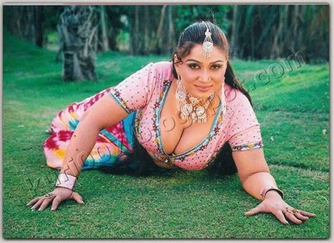 punjabi film actress anjuman anjuman shehzadi in film piyaasa badan punjabi kuri 007