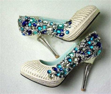 decorar zapatos con perlas tacones especiales para tu novia