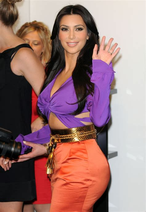 kim kardashian perfume london kim kardashian launch her fragrance in london england