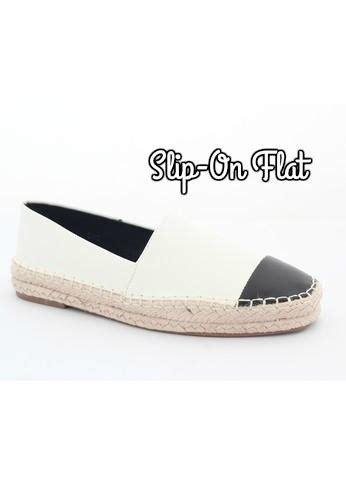 Sepatu Project Moccasin Tali Slip On Santai Gaya Pria Original sebelum membeli flat shoes kenali dulu 7 jenis flat shoes
