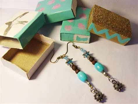 Handmade Jewelry Packaging - karboojeh handmade earrings packaging from repurposed