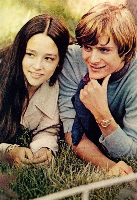 themes in romeo and juliet movie leonard whiting and olivia hussey in franco zeffirelli s