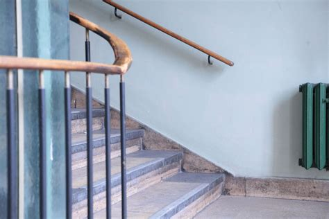 How To Install Banister How To Install Stair Railing