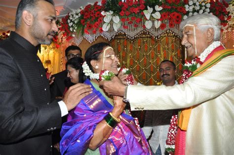 Wedding Anniversary Rituals by Veteran Actor Ramesh Deo With Seema Deo Performing
