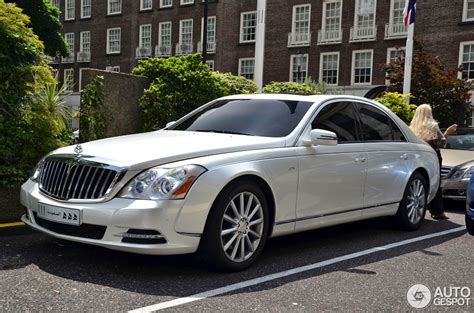 service manual 2012 maybach 57 how to replace the radiator 2012 maybach 57 information and