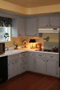 sloan kitchen cabinet makeover annie sloan chalk paint cabinets chalk paint 174 kitchen
