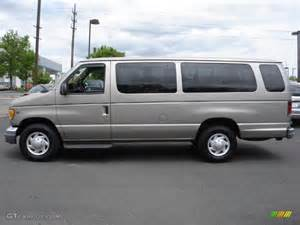2002 ford e series e350 xlt 15 passenger exterior