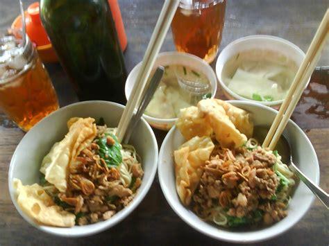 Pangsit Mie Mie Ayam resep spesial mie ayam pangsit buah sehat dan alami