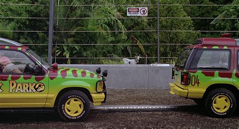 jurassic park car movie ford explorer cars in jurassic park 1993 movie scenes