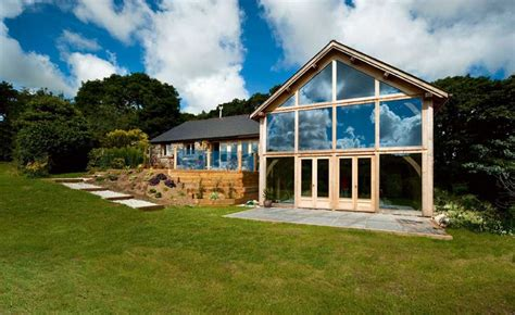 oak framed bungalows 5 homes that prove bungalows aren t just for oaps