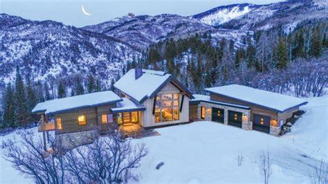 spectacular mountain modern   grabs  alpine