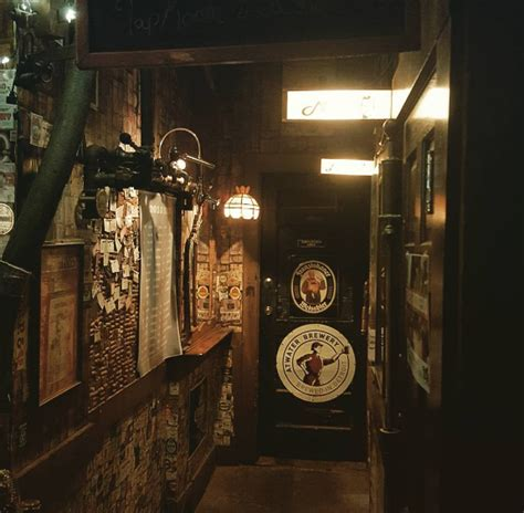 ye olde tap room 24 detroit dive bars you should tried by now