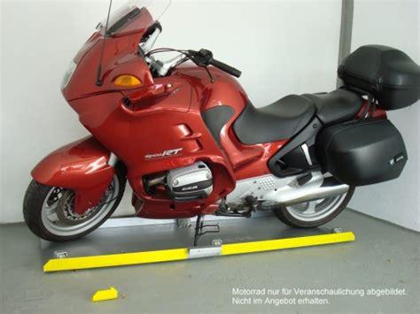 Auto Und Motorrad Garage by Motorrad Quer In Der Garage Parken Bmw Bike Forum